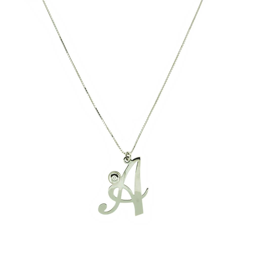 acquisto economico 474b6 8b4d5 Collana Artlinea in Oro Bianco con Lettera Piccola Corsivo e Diamante -  CDA001/IN-LB