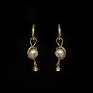 Orecchini Pendenti in Oro Giallo Perle e Diamantino